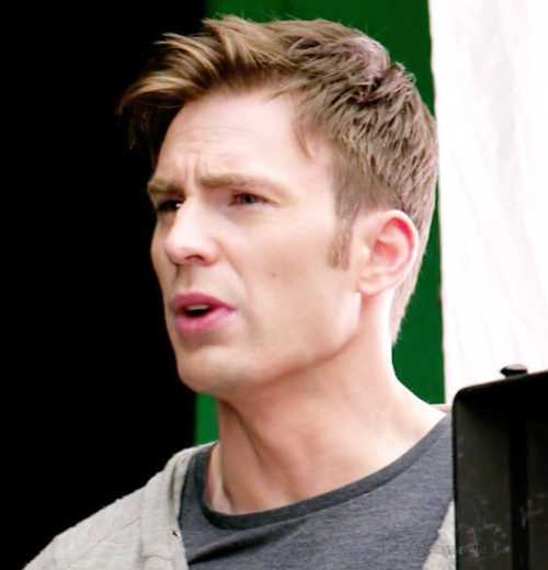 chris evans side part haircut
