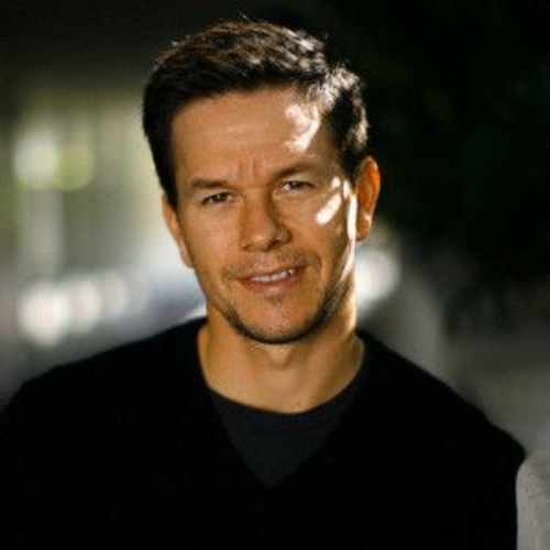 mark wahlberg hairstyle one side pomp