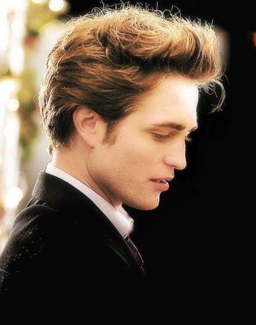 robert pattinson hairstyle twilight