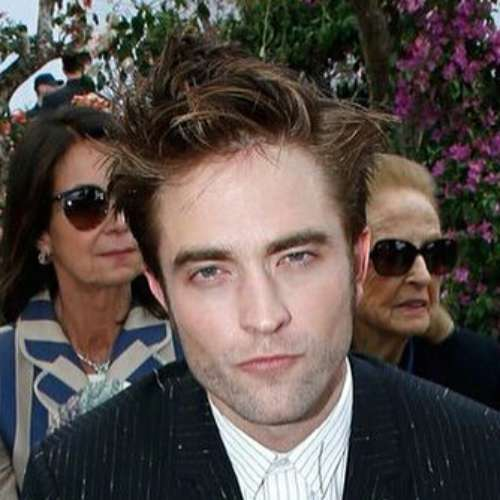 robert pattinson messy spikes hairstyle