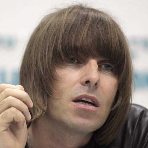 liam gallagher caesar hairstyle
