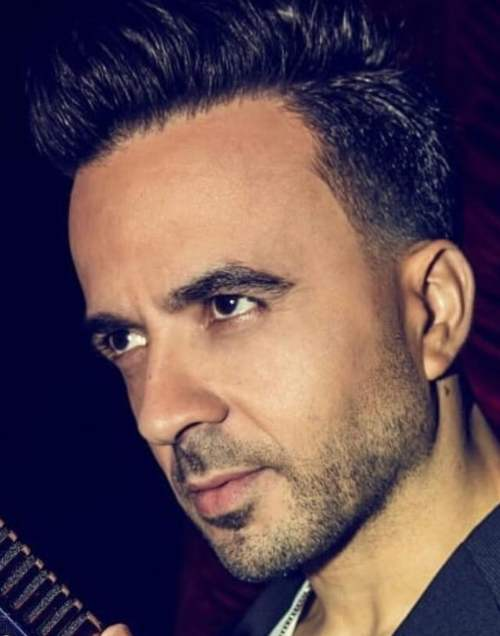 Luis Fonsi Hairstyle Men S Hairstyles Haircuts X