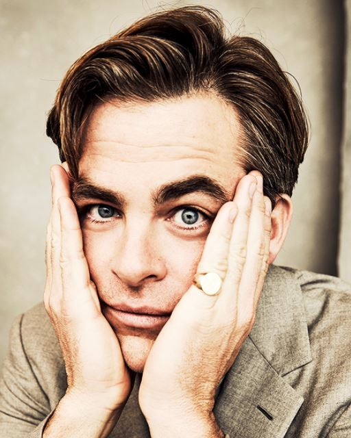 chris pine funny pose new hairstyle